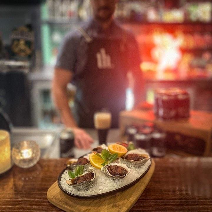 Tinamba Hotel - Oysters and Stout